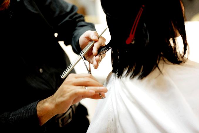 Beneficios de cortar el cabello regularmente