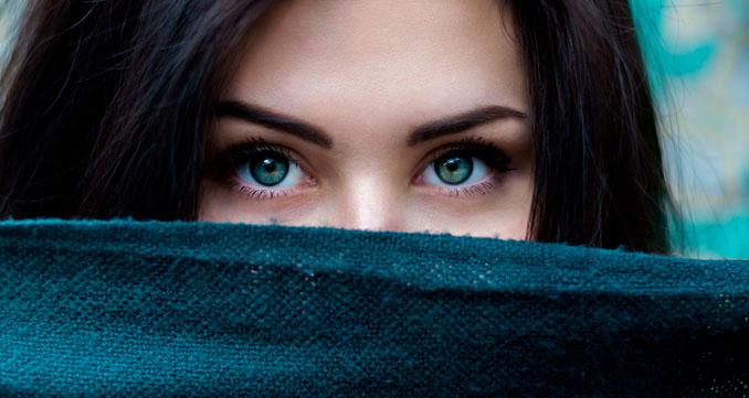 Remedios naturales para hacer crecer las cejas