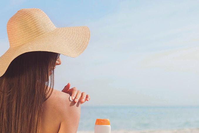 Mantén tu bronceado más tiempo gracias a estos alimentos - El Círculo de la Belleza